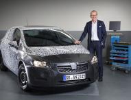 Opel Group-Chef Dr. Neumann kündigt den brandneuen Astra an