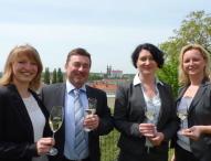 Sachsens größter Weinproduzent präsentiert neue Weine und zieht Bilanz