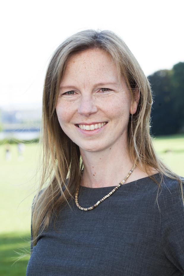 Photo of Stefanie Hauer wird neue Geschäftsführerin der Lübecker Nachrichten