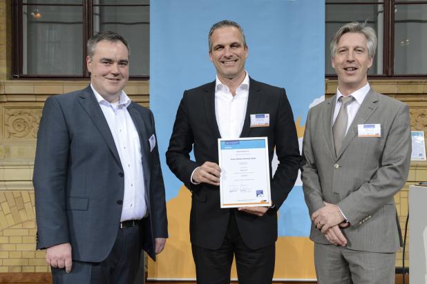 """Exact Online erhält """"Trust in Cloud"""" Zertifikat auf Winter Summit vom Cloud-EcoSystem e.V. - Quelle: Unternehmenskontakt Exact Software Germany GmbH"""