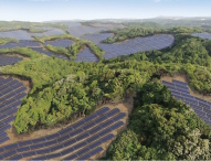 Die Solaranlage, eine der größten Japans