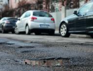 Turnusmäßigen Reifenwechsel für einen umfassenden Lackcheck nutzen