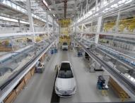 Erster Mercedes-Benz GLA läuft in Indien vom Band