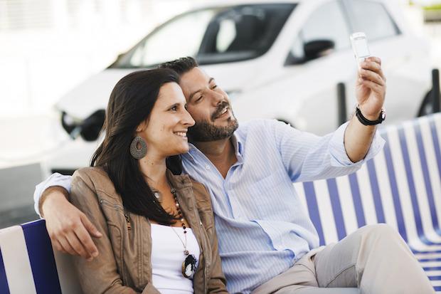 Bild von Was ist deutschen Vielfahrern wichtiger – Smartphone oder Auto?