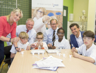 Bildungs-Stiftung der Kreissparkasse Köln unterstützt 20 Grundschulen