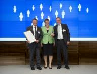 Harzer Unternehmen erhält Preis für Willkommenskultur durch Bundeswirtschaftsministerium