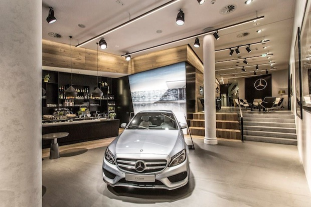 Mercedes me Store Hamburg, Germany Quelle: Daimler Communications