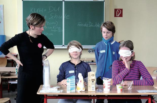 Bild von Schulprojekt informiert über das Leben von Milchkühen