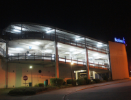 LEDORA stattet Bremer Parkhaus mit neuen Röhren aus