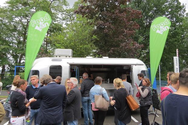 Photo of Studierender macht sich mit veganem Food Truck selbstständig