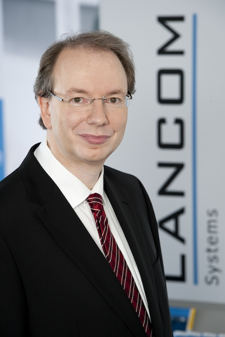 """Bild von LANCOM Systems präsentiert die Studie """"Digitale Souveränität – Einschätzungen in der deutschen Wirtschaft und Verwaltung"""""""