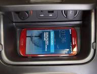 Induktive Smartphone-Ladestation für Kia ceed