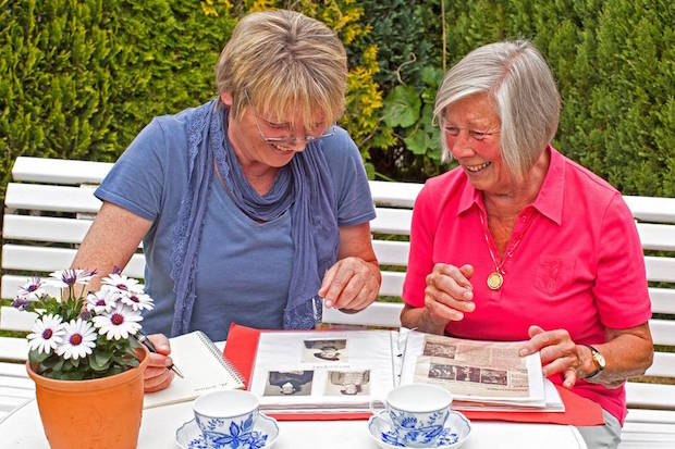Photo of Senioren-Assistenten sorgen für soziale Einbindung der Älteren
