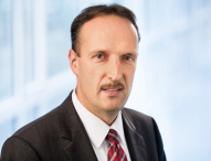 TÜV NORD AG: Stabübergabe im Finanzressort