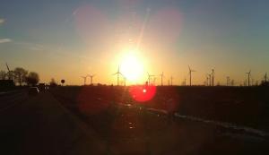 Familienunternehmer: Energiepolitik ist das Ordnungspolitische Foul 2017