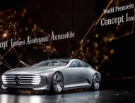 Vom Automobilhersteller zum vernetzten Mobilitätsdienstleister