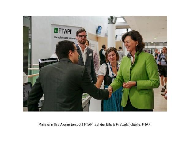 Photo of Ministerin Ilse Aigner besucht FTAPI