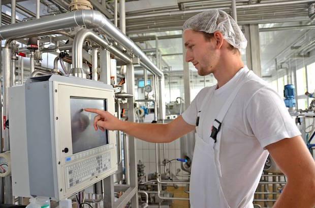 Photo of Eine Berufsausbildung in der Milchwirtschaft bietet vielfältige Perspektiven