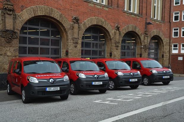 Bild von Feuerwehr Hamburg übernimmt vier Renault Kangoo Z.E.