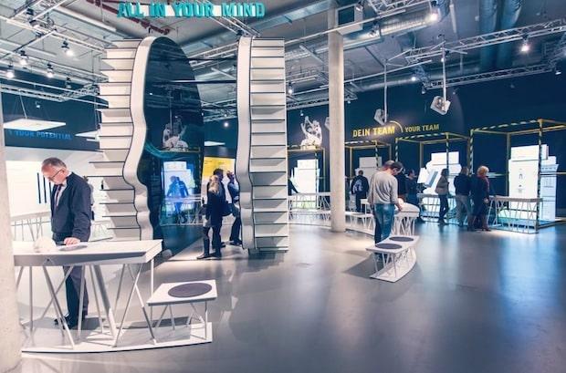 Bild von Mercedes-Benz startet Demografie-Initiative in der Produktion