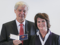 Professor Christoph Huber erhält Bundesverdienstkreuz
