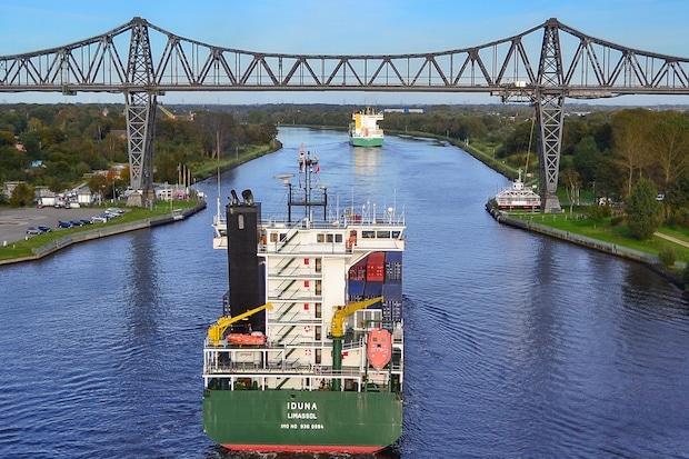 Photo of Die maritime Wirtschaft schafft Innovation  und Beschäftigung