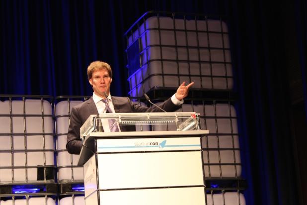 Carsten Maschmeyer gehörte mit zu den Top-Speakern der StartupCon Köln. Foto: Sven Oliver Rüsche (sor).