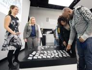 40 Flüchtlinge beginnen Brückenpraktikum bei Daimler