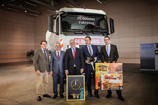 Bild von 10.000ster Mercedes-Benz für Rethmann SE & Co. KG