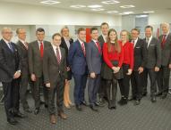 Nachwuchsprojekt: Santander Auszubildende leiten Filiale