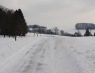 Vorsicht bei Schnee und Eis: Was Autofahrer jetzt beachten sollten