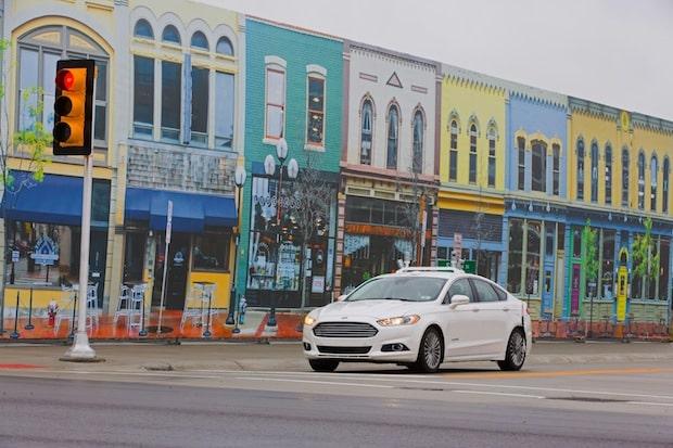 """Photo of Als erster Autohersteller testet Ford autonome Fahrzeuge in """"Mcity"""" – dem urbanen Testlabor der Universität von Michigan"""