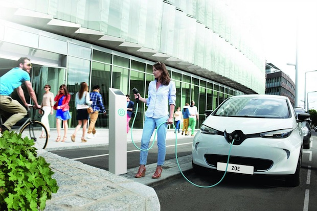 Photo of Renault-Nissan Allianz errichtet 90 Ladestationen zum Klimagipfel