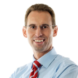 Klaus Ziemsky übernimmt ab Januar 2016 die Leitung des Global Logistics Centers in Germersheim - Quelle: Daimler AG