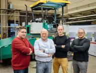 Hybrid-Straßenfertiger an der TH Köln entwickelt
