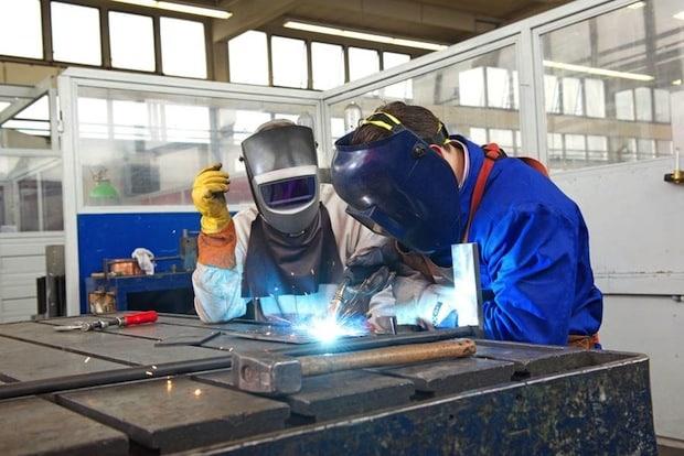 Photo of Job und Karriere: Durch Fort- und Weiterbildung Chancen verbessern