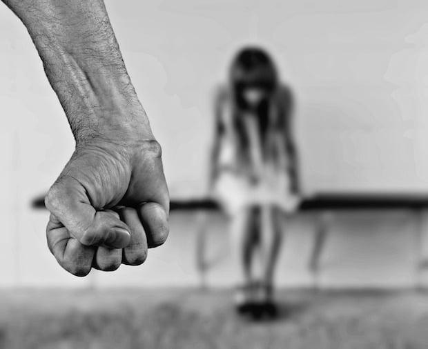 Photo of Frauen schützen! Keine Toleranz für Gewalt gegen Frauen