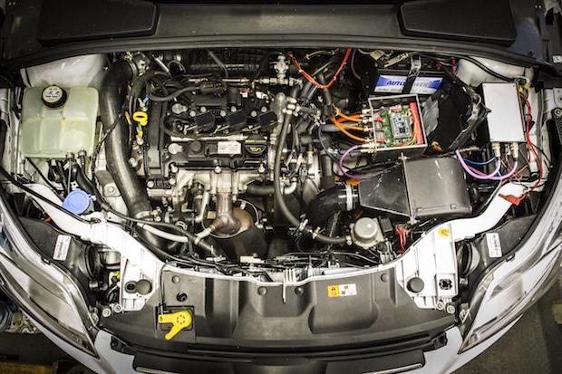 Photo of Allrad-Hybrid verbraucht 25 Prozent weniger Sprit