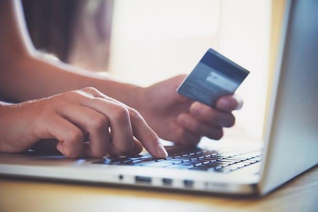 Bild von Im Onlineshop einfach per Kreditkarte mit Zahlungsgarantie bezahlen