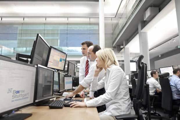Photo of Börsenexperten sorgen für reibungslosen Ablauf des Handels