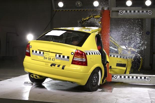 Photo of Sicherheit beim Autokauf zweitrangig