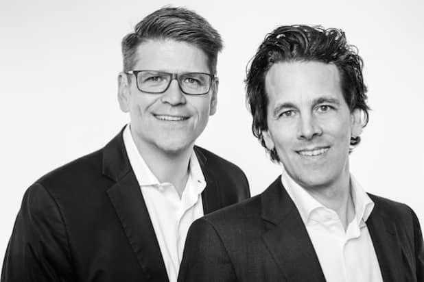 Markus Frank und Christian Haferkamp (v.r.n.l.) - Quelle: Deutsche Lichtmiete Unternehmensgruppe
