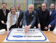 90 Jahre jung – Ford Bank Deutschland
