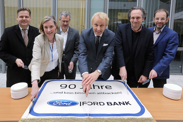 Photo of 90 Jahre jung – Ford Bank Deutschland