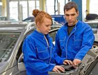 Die Kfz-Branche bietet vielfältige Karrieremöglichkeiten