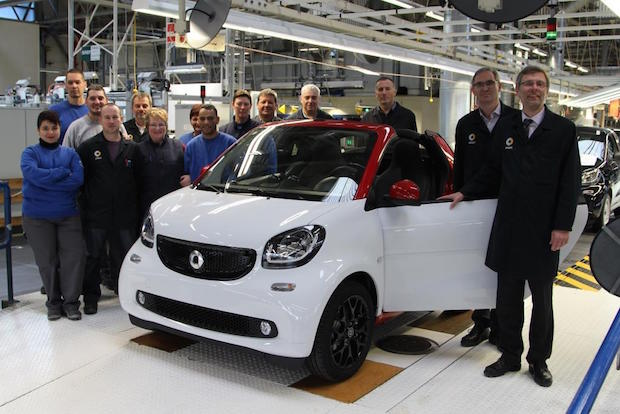 Photo of Im smart Werk Hambach ist das smart fortwo cabrio angelaufen