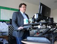 VARIDESK macht Mitarbeiter von Werder Bremen mobil