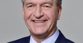 Franz-Josef Reuter leitet Public & International Affairs bei zeb