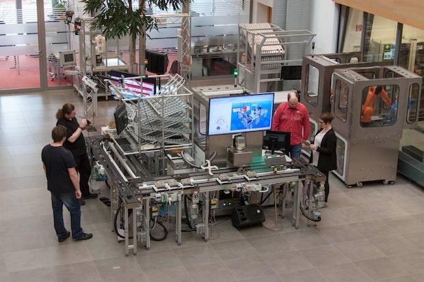 Bild von ISI Automation zeigt auf der HANNOVER MESSE: Produktion und Intralogistik 4.0 intelligent steuern