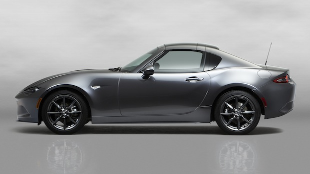 Photo of Mazda MX-5 RF feiert Weltpremiere in New York